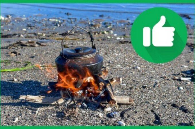 Du kan ha et lite kaffebål på sand og smågrus så nært vannet at restene blir borte ved neste høyvann.